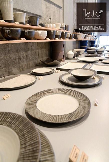 陶芸作家「奥田章」さんの「十草オランダ皿」