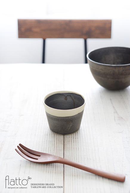 トキノハ「shiro-kuro 蕎麦猪口カップ(縁白)」