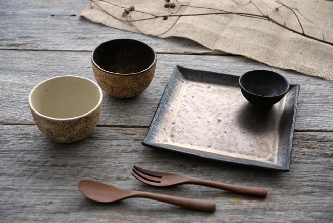 中川雅佳さんの和食器