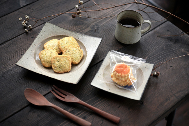 水野幸一さんのうつわとMANNAさんの洋菓子