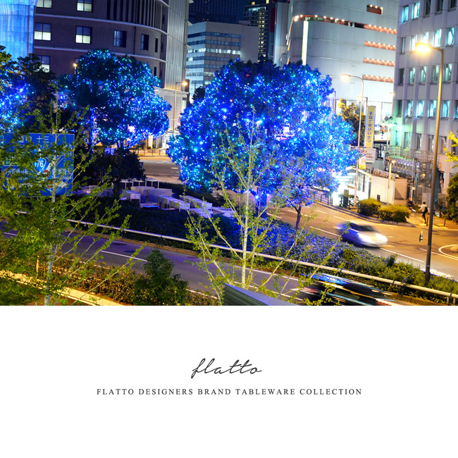 阪神梅田本店前のライトアップ