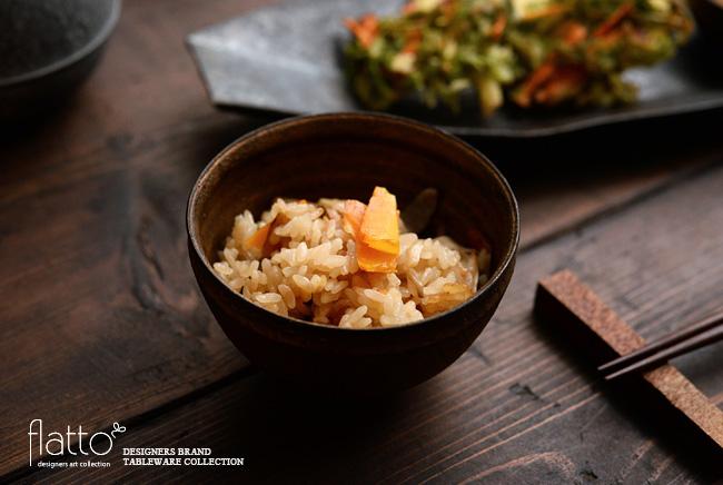 水野幸一さんのうつわときのこの炊き込みご飯