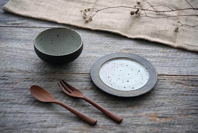 加藤裕章さんの灰釉雲母シリーズの和食器