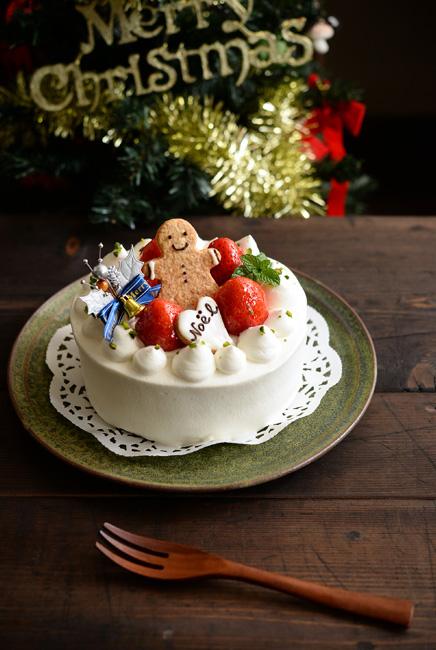 福井亜紀さんの和食器クリスマスケーキ